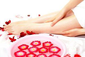 アロマオイルマッサージの美肌・美脚の効果